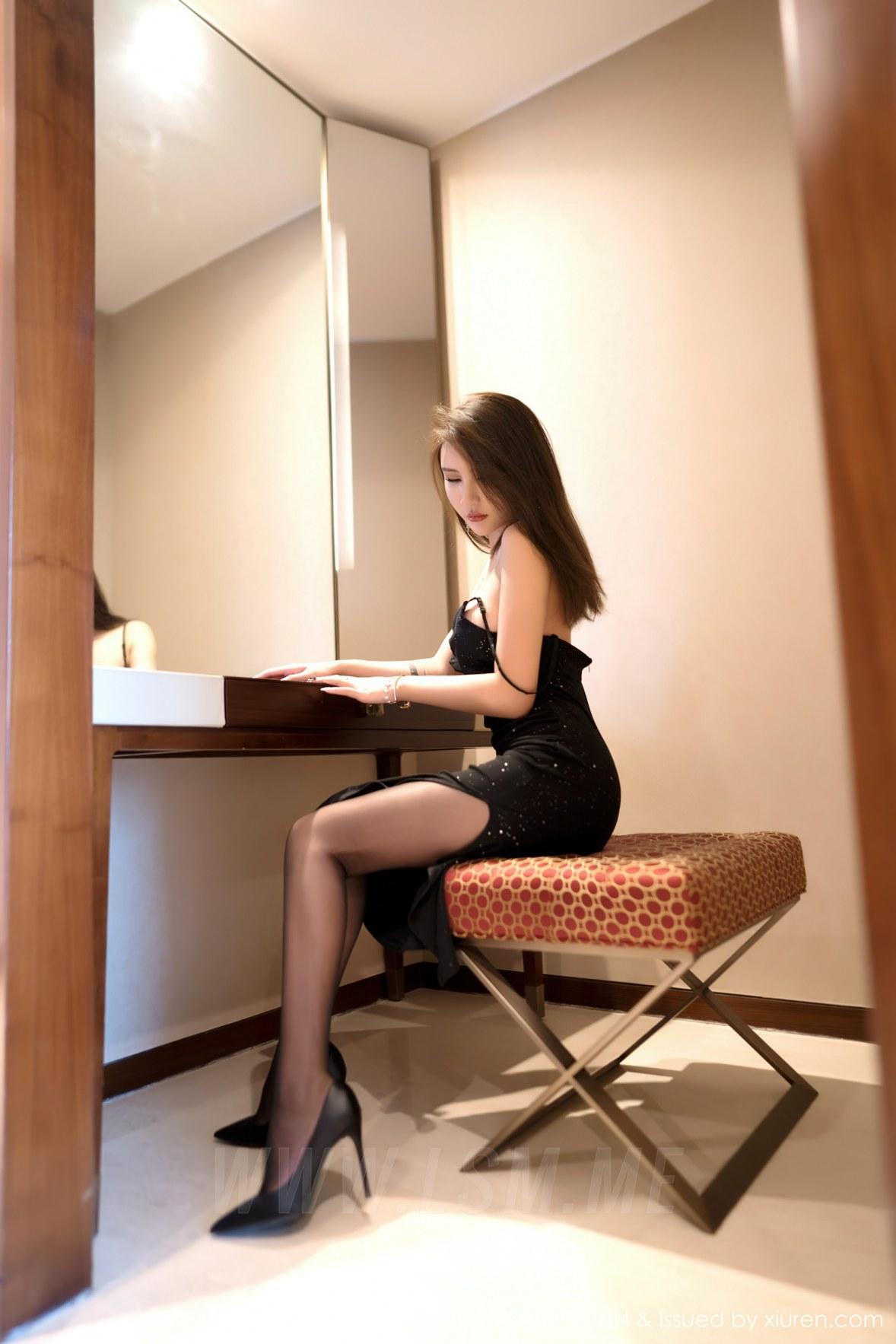 FeiLin 嗲囡囡 Vol.401 妩媚黑色吊裙 Emily尹菲 性感写真 - 3