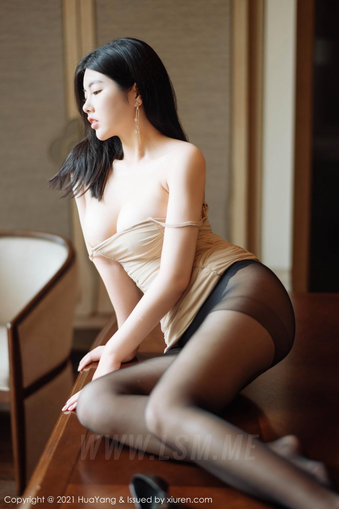 HuaYang 花漾show Vol.354 超低深v裙 娜露 - 3