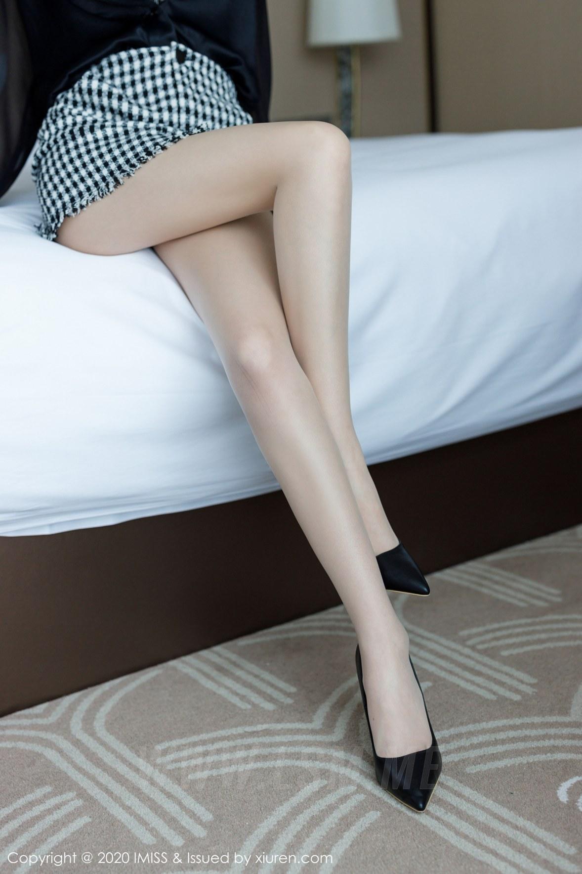 454 013 ln5 3600 5400 - IMiss 爱蜜社 Vol.454 丝袜美腿写真 九月生__ - 爱蜜社 -【免费在线写真】【丽人丝语】