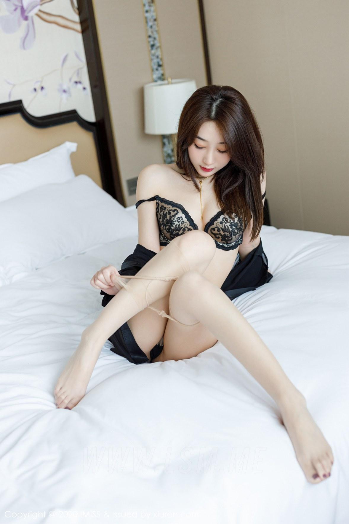 454 053 61u 3600 5400 - IMiss 爱蜜社 Vol.454 丝袜美腿写真 九月生__ - 爱蜜社 -【免费在线写真】【丽人丝语】