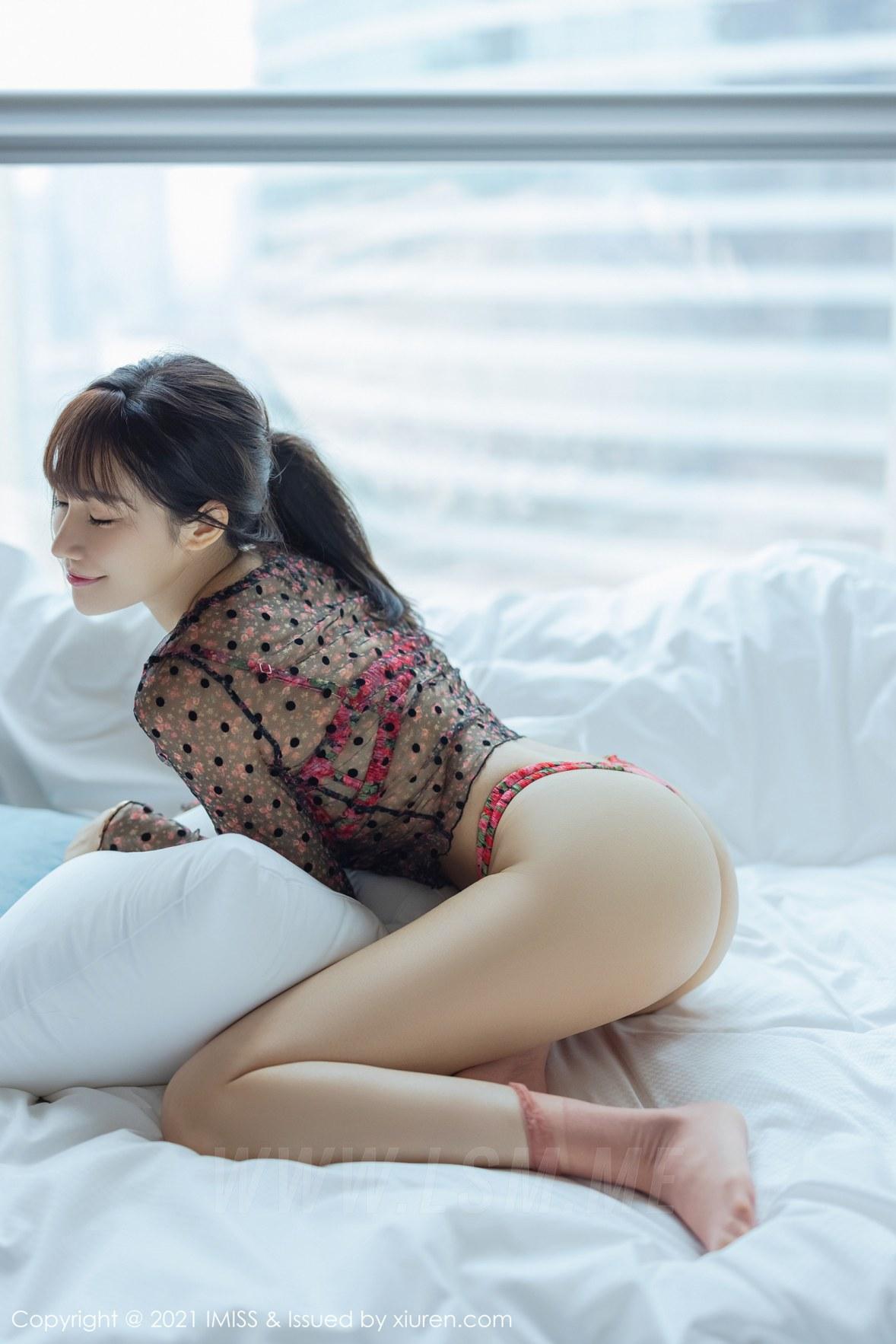 IMiss 爱蜜社 Vol.574 小狐狸Kathryn 色彩鲜艳诱人的内衣 - 2