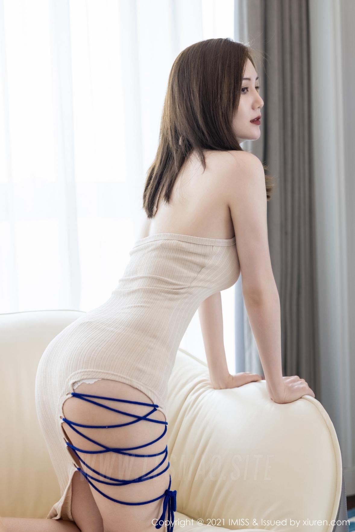 607 011 rsg 2689 4032 - IMiss 爱蜜社 Vol.607 米色吊裙 SISY思 性感写真3 - 爱蜜社 -【免费在线写真】【丽人丝语】