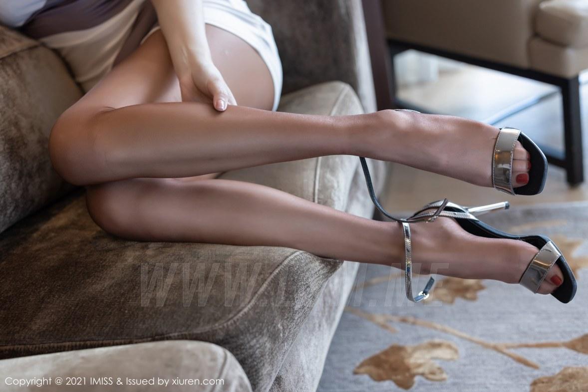 616 015 e7l 5400 3602 - IMiss 爱蜜社 Vol.616 华丽抹胸礼裙 Lavinia肉肉  - 爱蜜社 【私房高清壁纸视频素材】【免费在线写真】【丽人丝语】