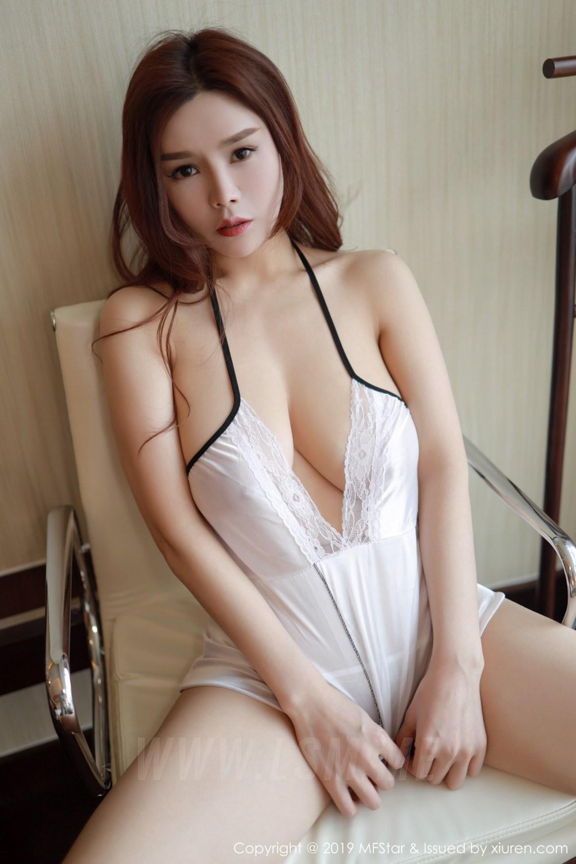 MFStar 模范学院 Vol.185 胡润曦201712  身材丰腴 - 1