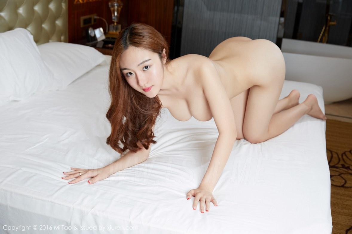 大胆西西裸体美女人体艺术第1张