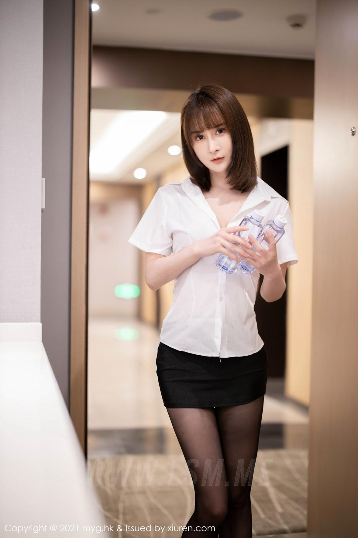 MyGirl 美媛馆 Vol.526 猩红内衣与魅惑黑丝 蔡文钰Abby 性感写真房 - 1
