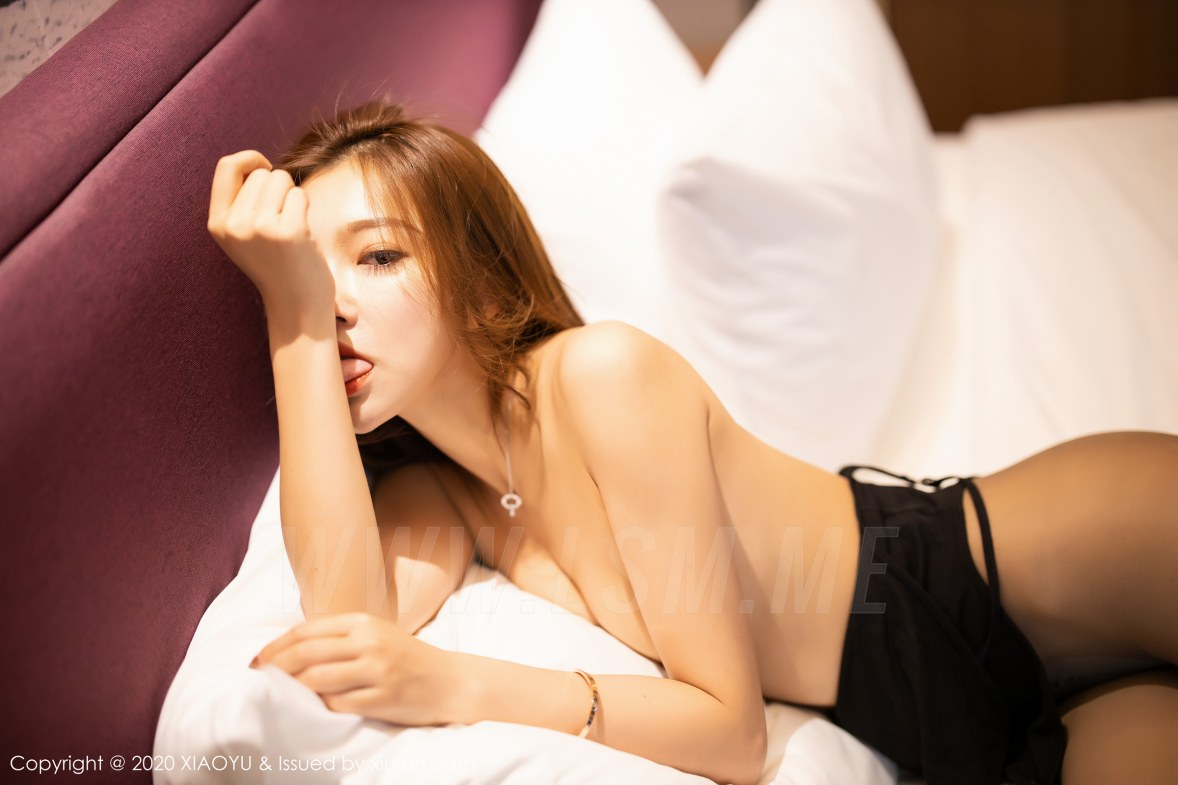 XIAOYU  语画界 Vol.264 暗黑精灵丝袜 冯木木LRIS 美腿写真 - 4