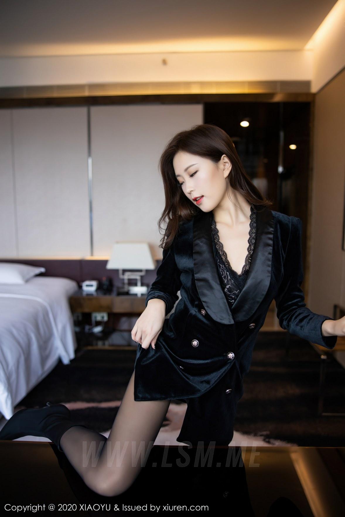 XIAOYU  语画界 Vol.400 杨紫嫣 都市风格装扮修长美腿 - 4
