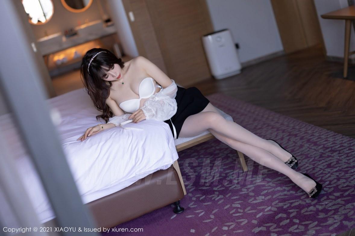 XIAOYU  语画界 Vol.534 都市OL服饰 芝芝Booty 青岛旅拍写真 - 1