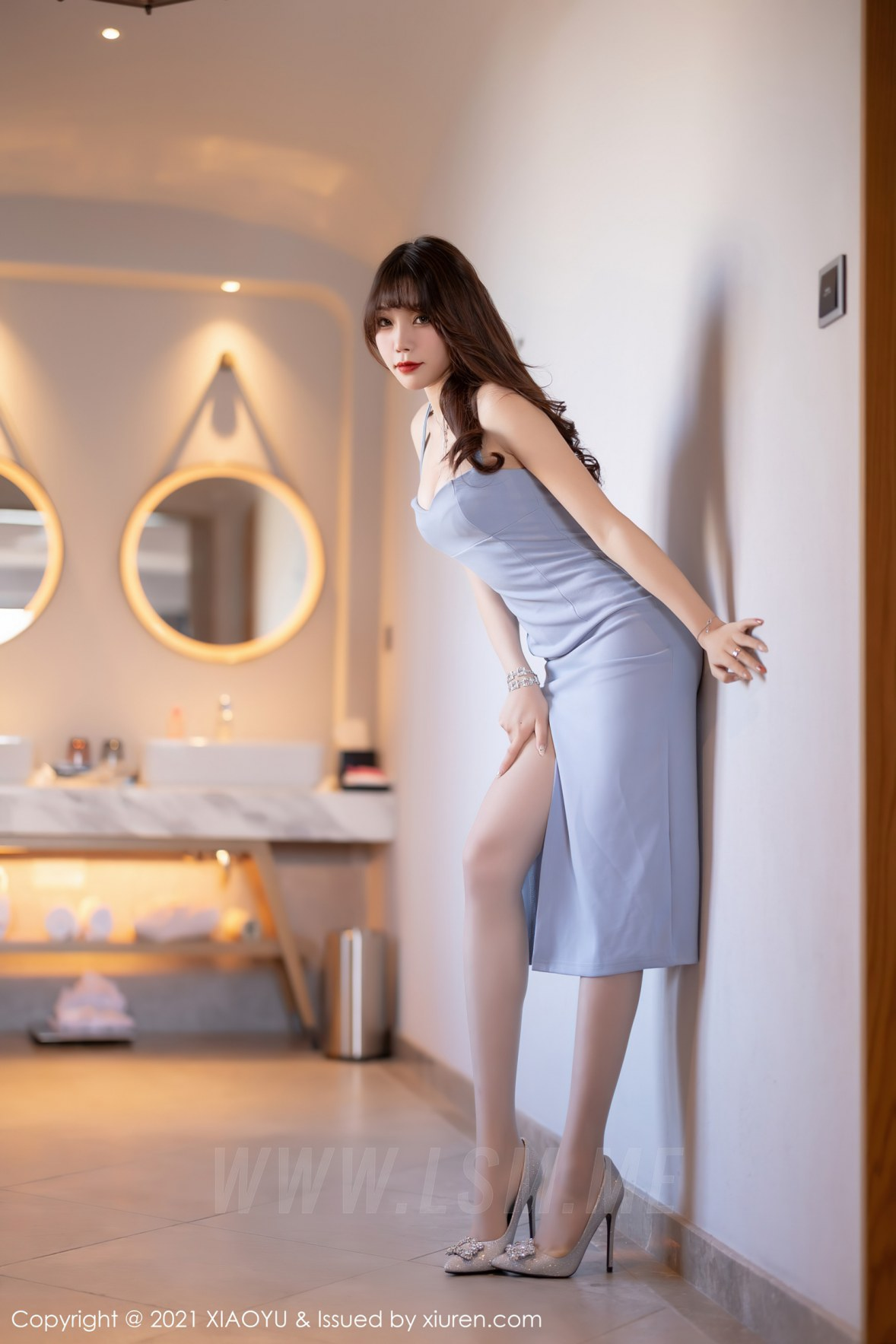 XIAOYU  语画界 Vol.563 长裙与精致内衣 芝芝Booty 青岛旅拍写真3 - 3