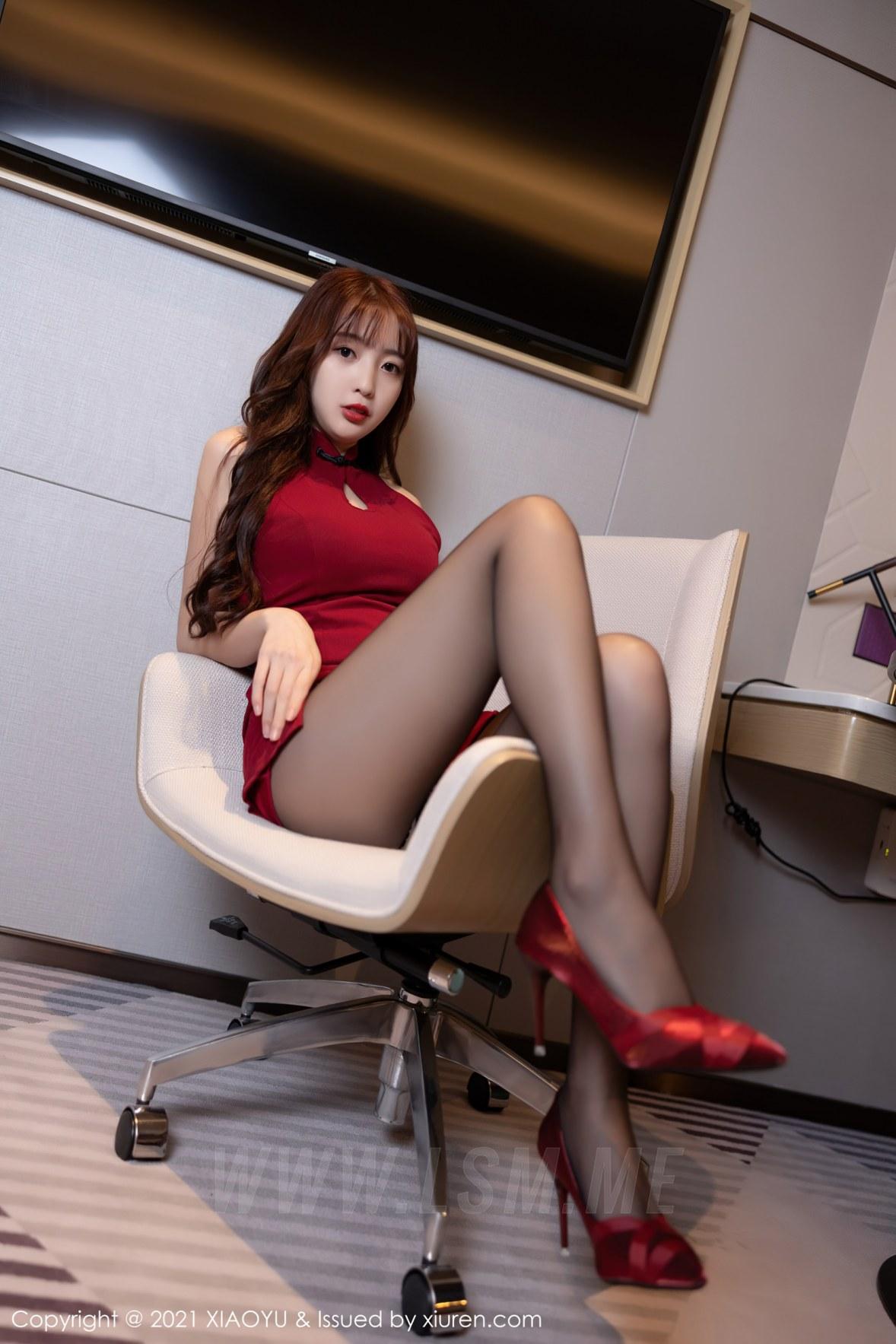 XIAOYU  语画界 Vol.564 旗袍与魅惑黑丝  林星阑 新人模特3 - 3
