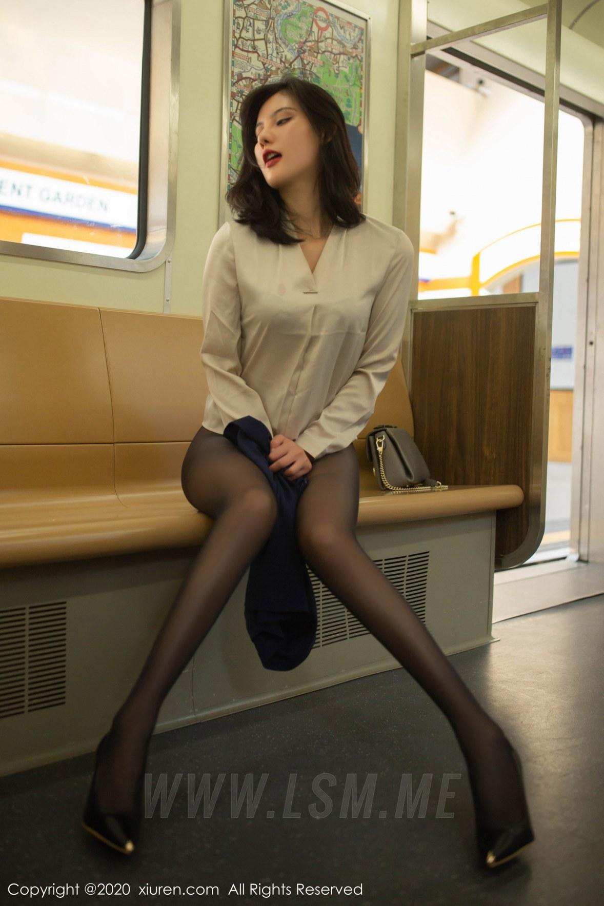XiuRen 秀人 No.1965 地铁站主题写真 就是阿朱啊 - 2