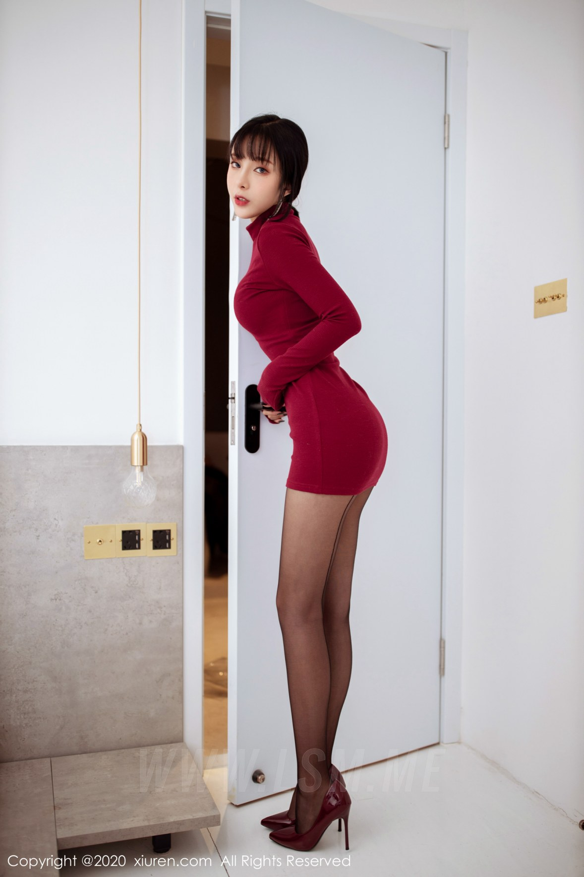 XiuRen 秀人 No.1968 红色高领毛衣 + 高跟黑丝 陈小喵 新图上架 - 2