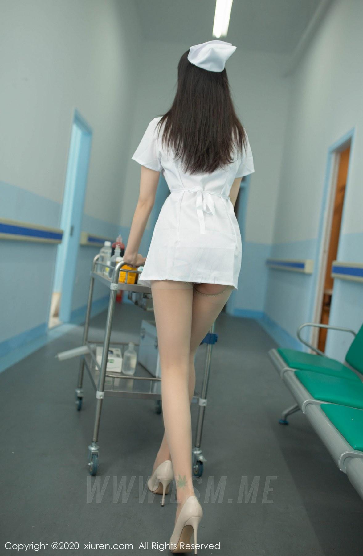 XiuRen 秀人 No.2181 制服护士103P真实场景 安然Maleah 主题写真 - 1