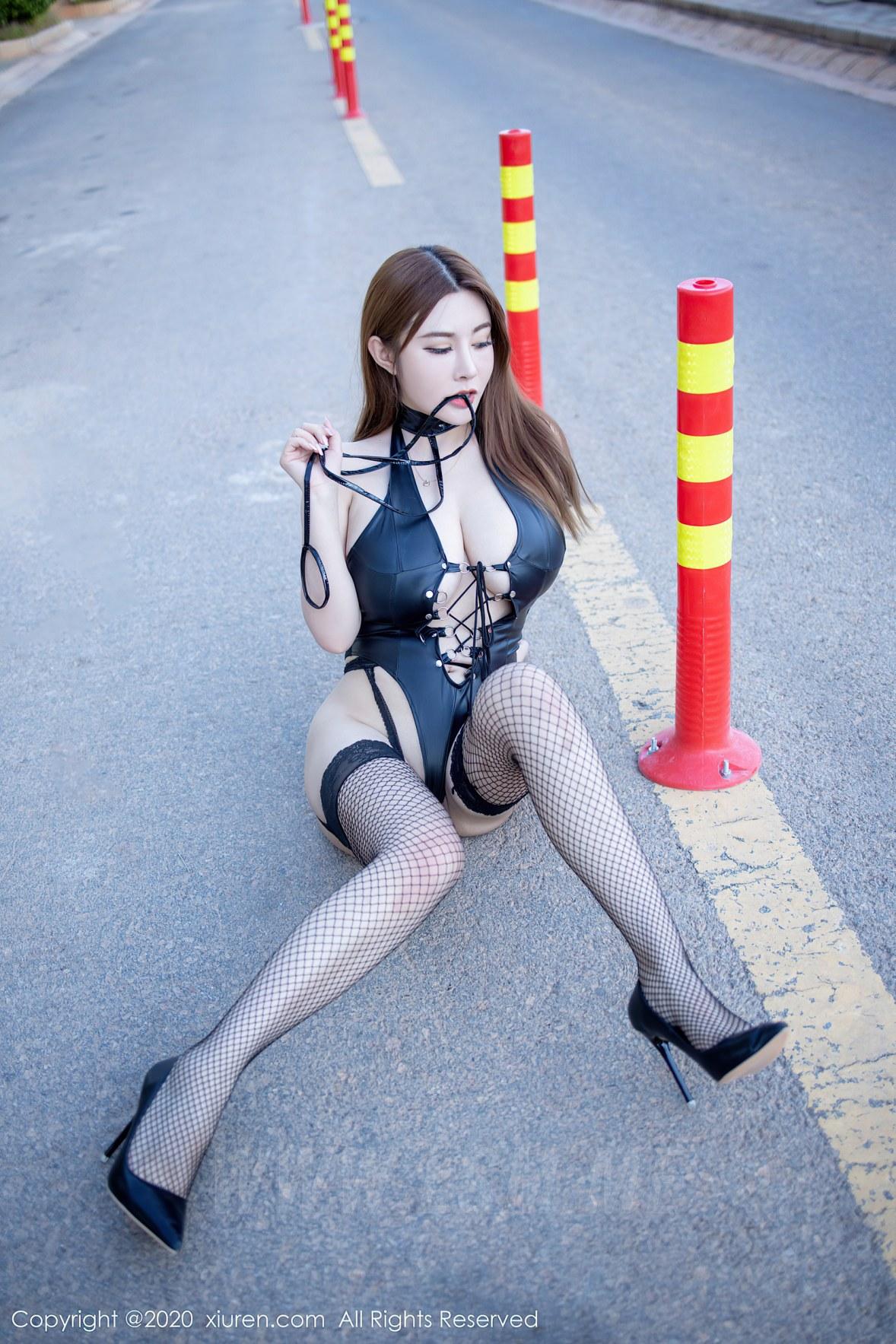 XiuRen 秀人 No.2329 旗袍 皮衣 泳衣 软软roro - 1