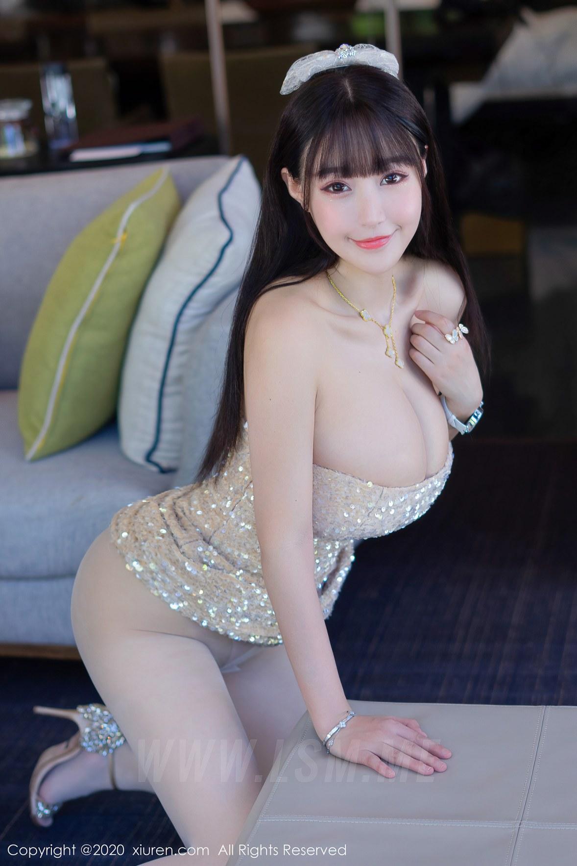 XiuRen 秀人 No.2342 爆乳礼裙 朱可儿 三亚旅拍 - 4