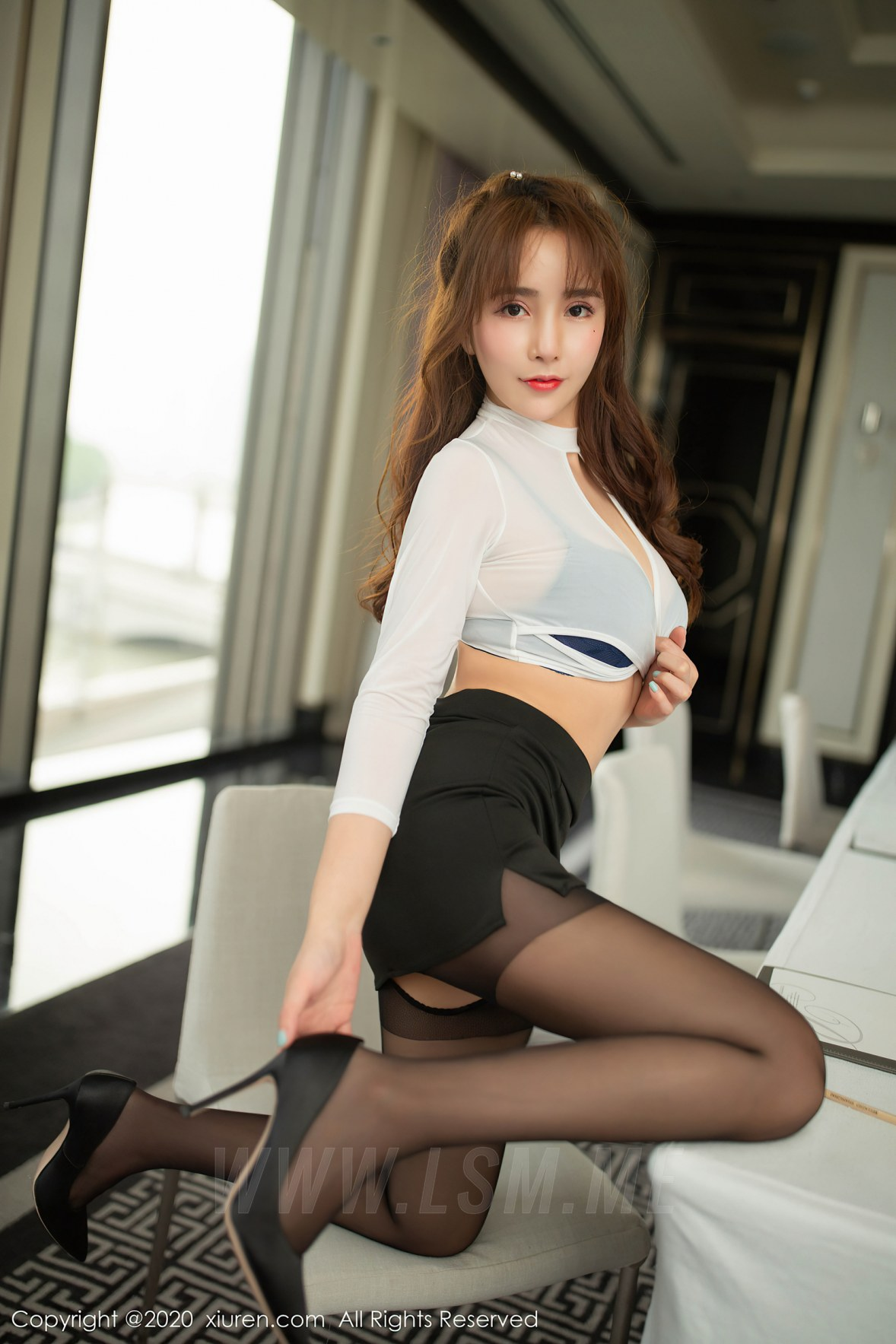 XiuRen 秀人 No.2457  陶喜乐 办公室职业短裙和黑丝 - 2