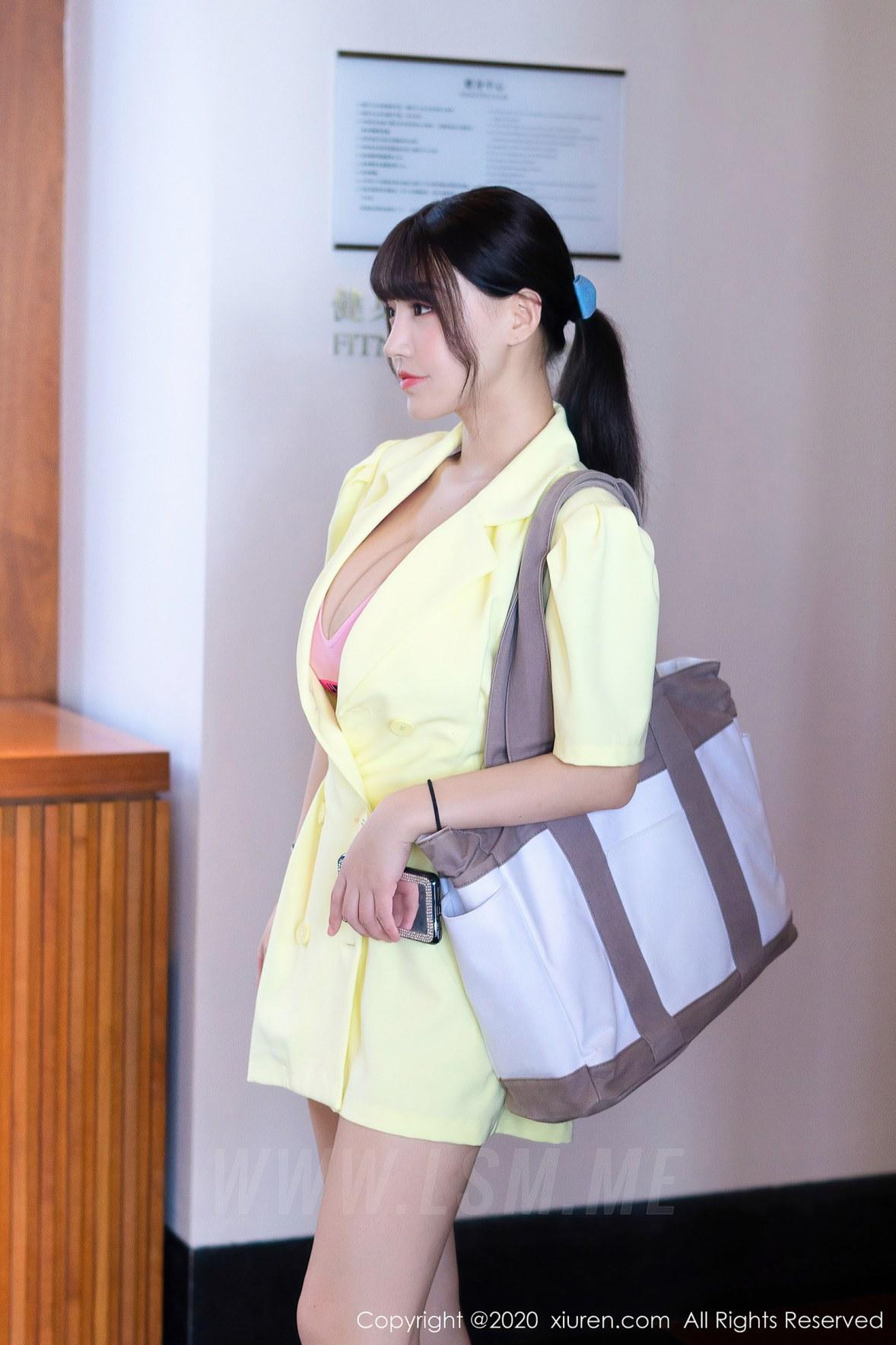 XiuRen 秀人 No.2527  健身房剧情主题 尤妮丝和朱可儿 - 1