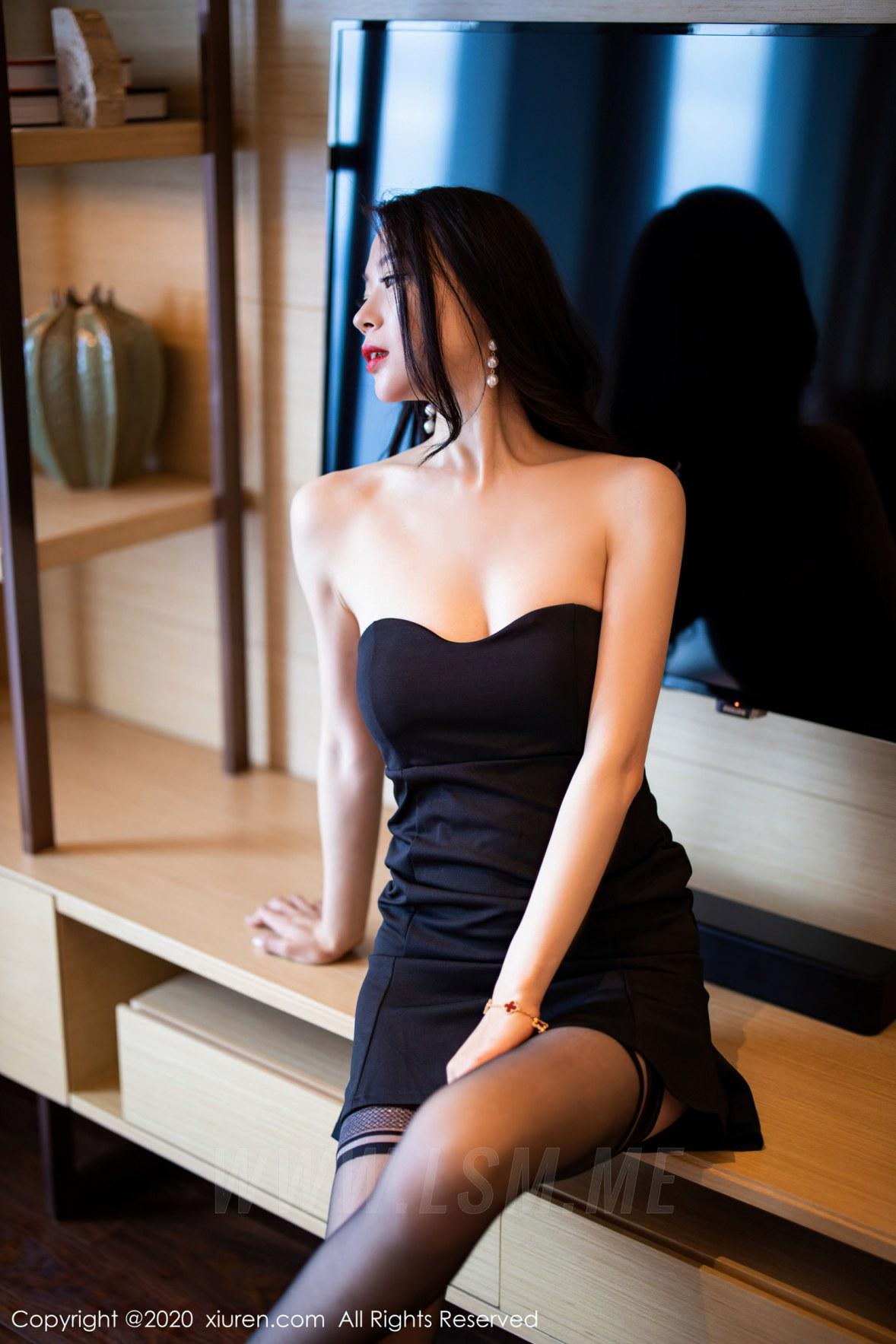2535 031 qq0 3600 5400 - XiuRen 秀人 No.2535  黑丝魅惑抹胸 梦心月 - 秀人网 -【免费在线写真】【丽人丝语】