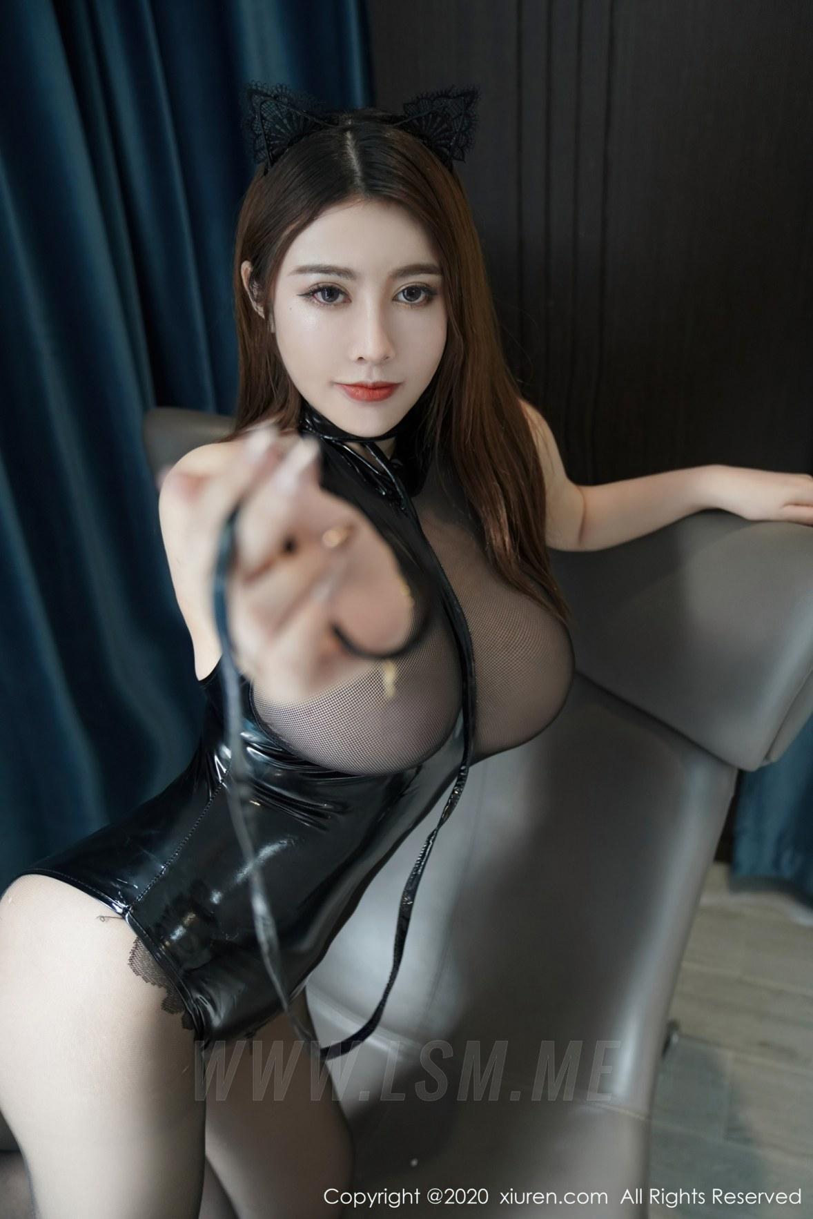 XiuRen 秀人 No.2539  猫耳装情趣内衣 软软roro - 1