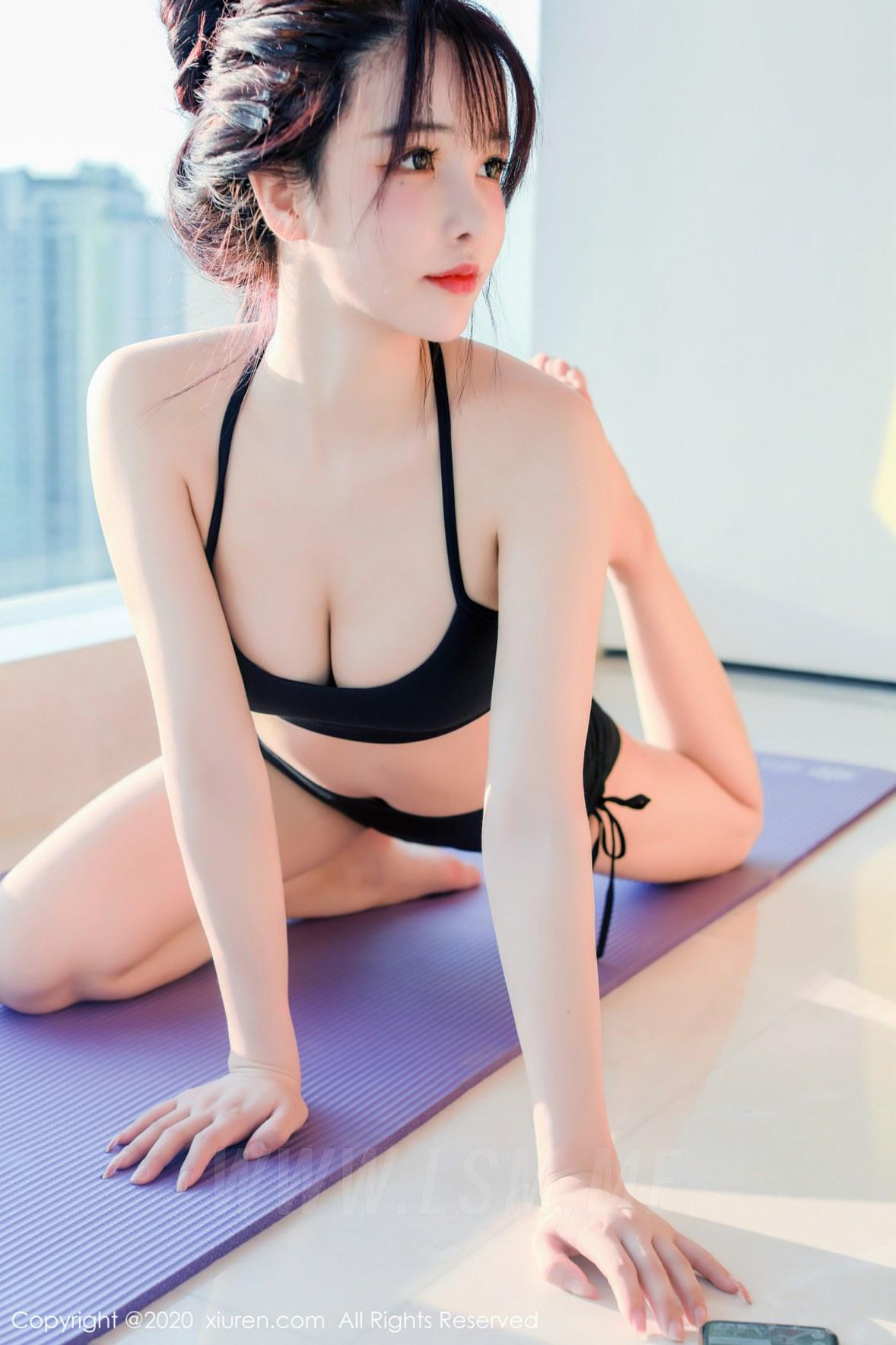 XiuRen 秀人 No.2696 面容清甜秀美 南初妹妹 黑色运动内衣 - 3