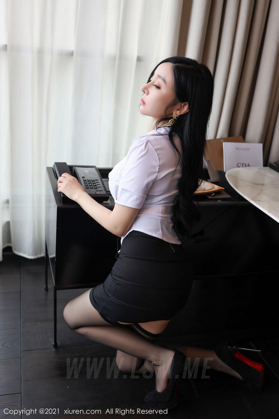 XiuRen 秀人 No.3101  白衬衫黑短裙 允爾 - 2