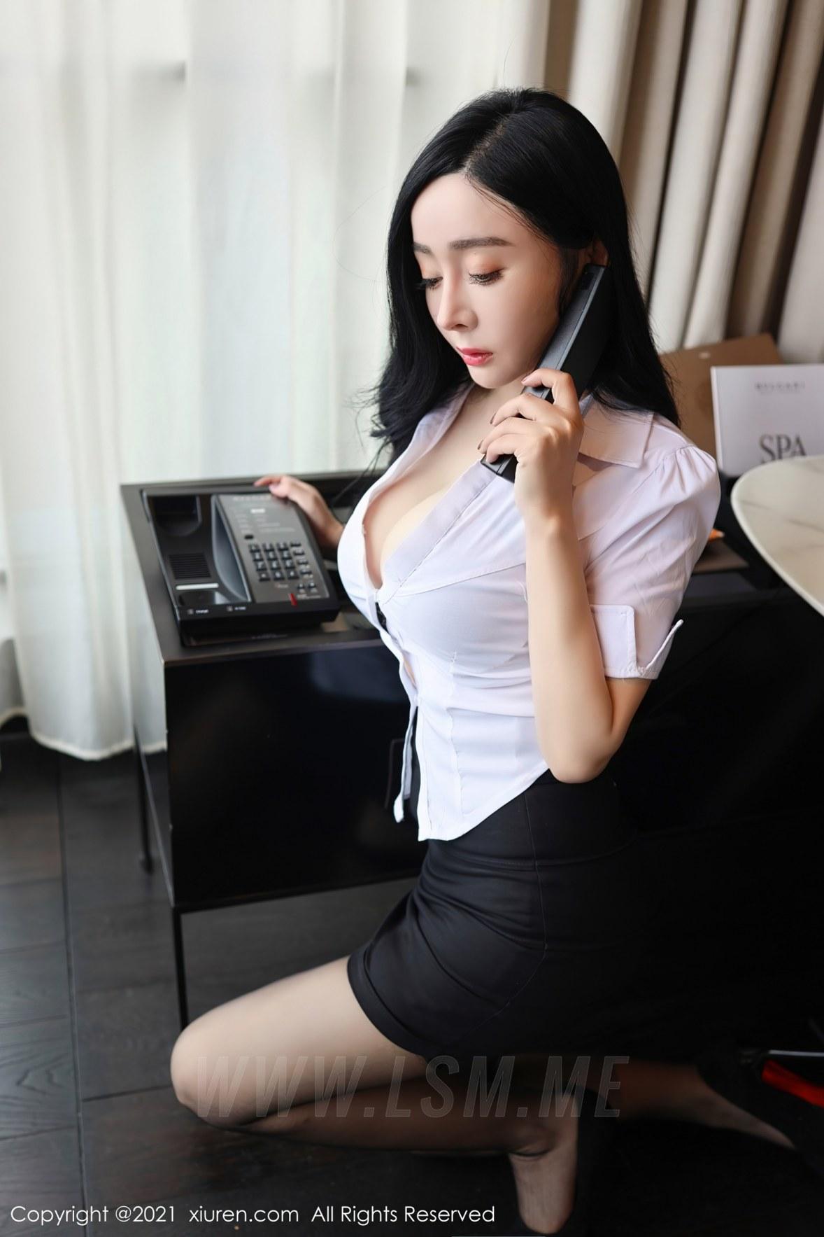 XiuRen 秀人 No.3101  白衬衫黑短裙 允爾 - 3