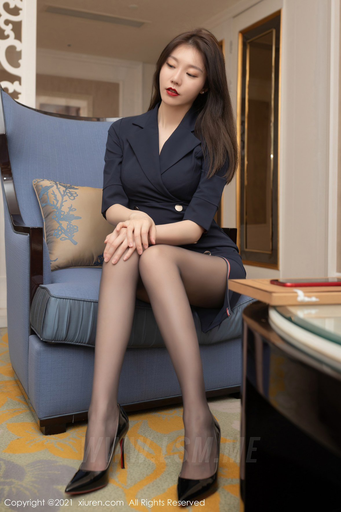 XiuRen 秀人 No.3255  秘书面试主题系列 安然Maleah 成都旅拍写真 - 2