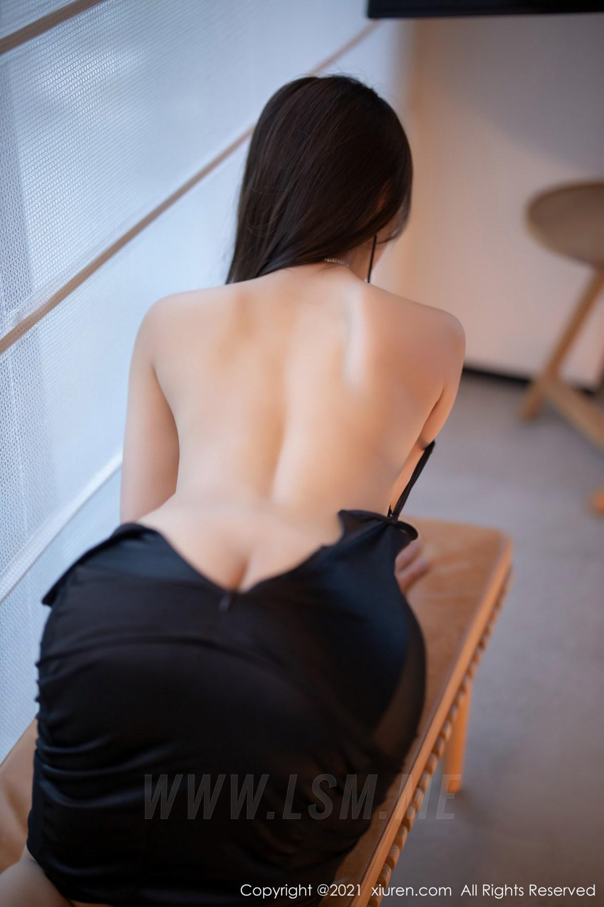 3465 042 mqv 3600 5400 - XiuRen 秀人 No.3465  黑色吊裙 徐安安 三亚旅拍写真 - 秀人网 -【免费在线写真】【丽人丝语】