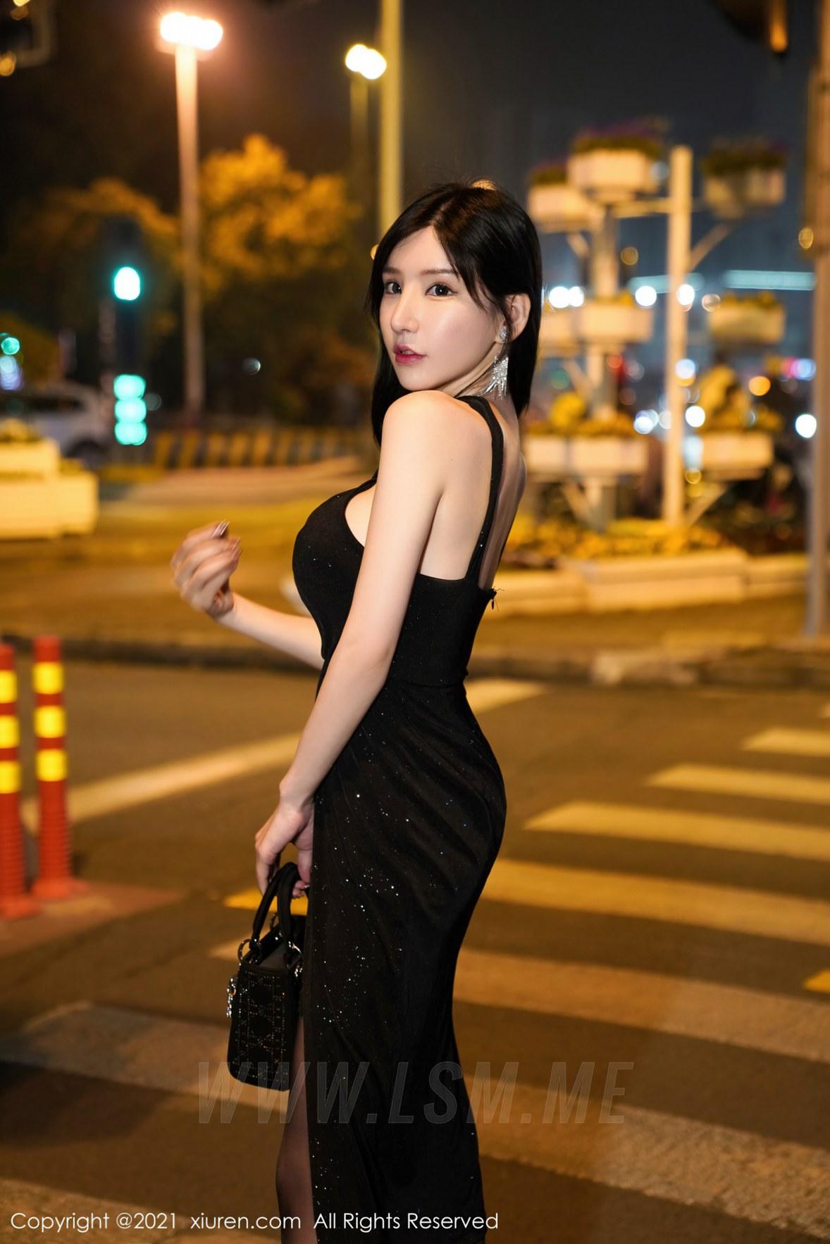 XiuRen 秀人 No.3478  夜色迷人的魅力街拍 周于希Sandy 性感写真 - 4