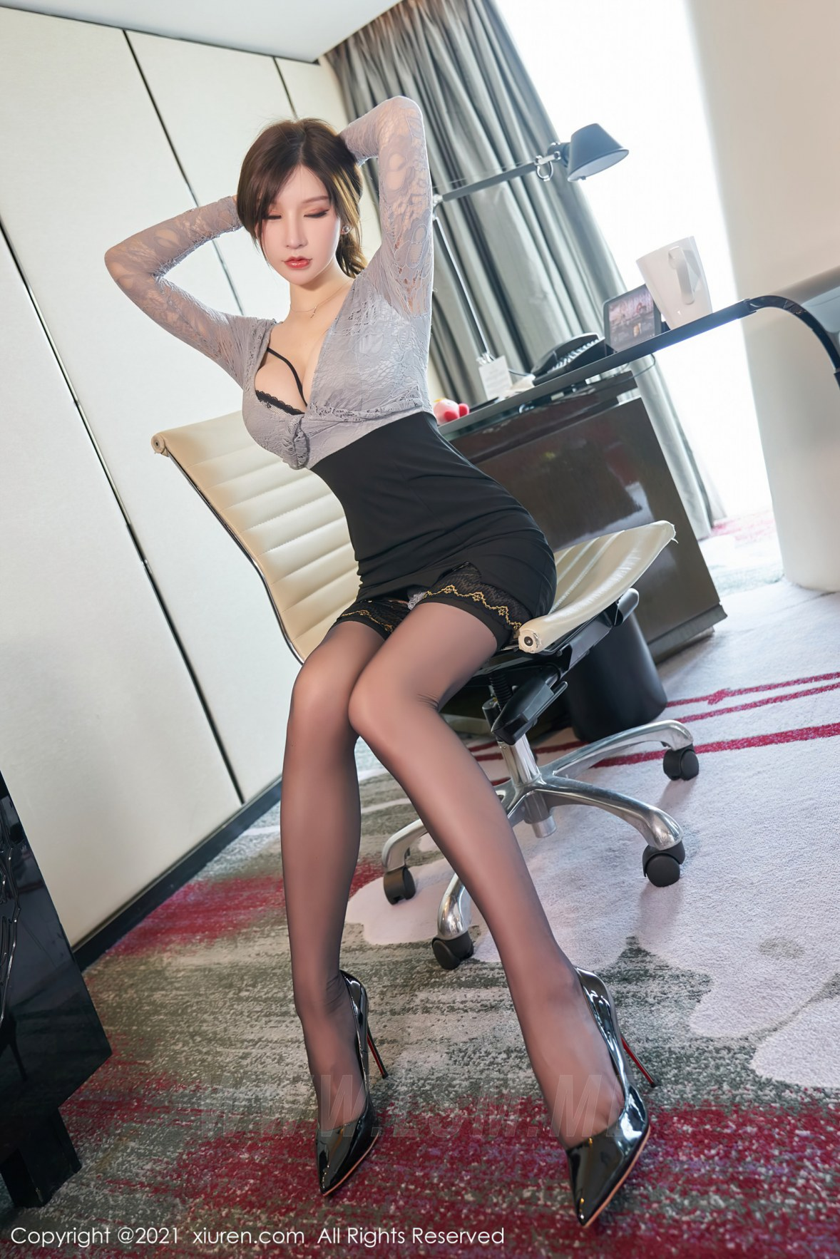 XiuRen 秀人 No.3490  蕾丝内衣 周于希Sandy 杭州心愿旅拍写真 - 3