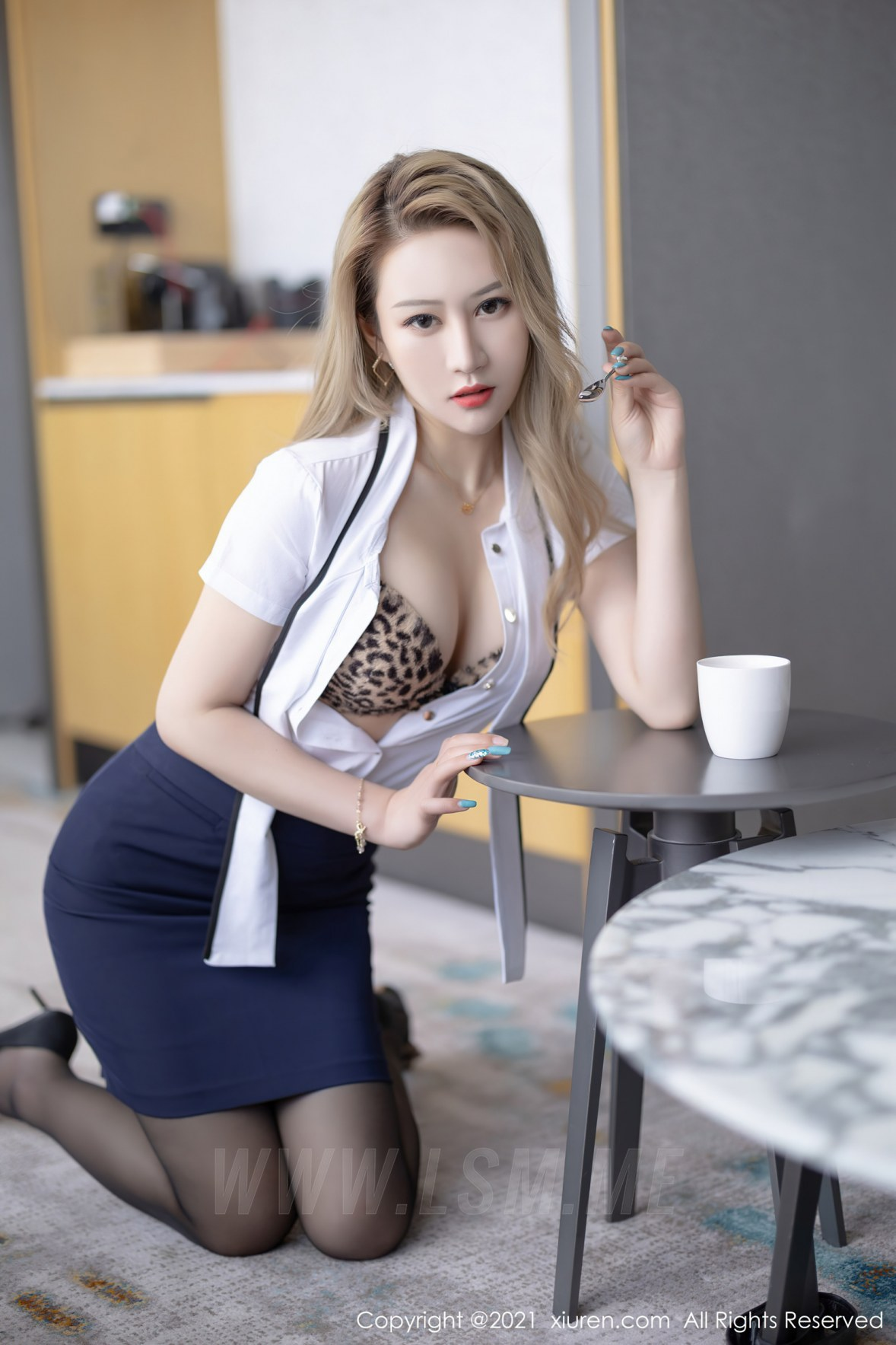 3511 020 qai 3600 5400 - XiuRen 秀人 No.3511  白衬衫黑丝 张欣欣 性感写真 - 秀人网 -【免费在线写真】【丽人丝语】
