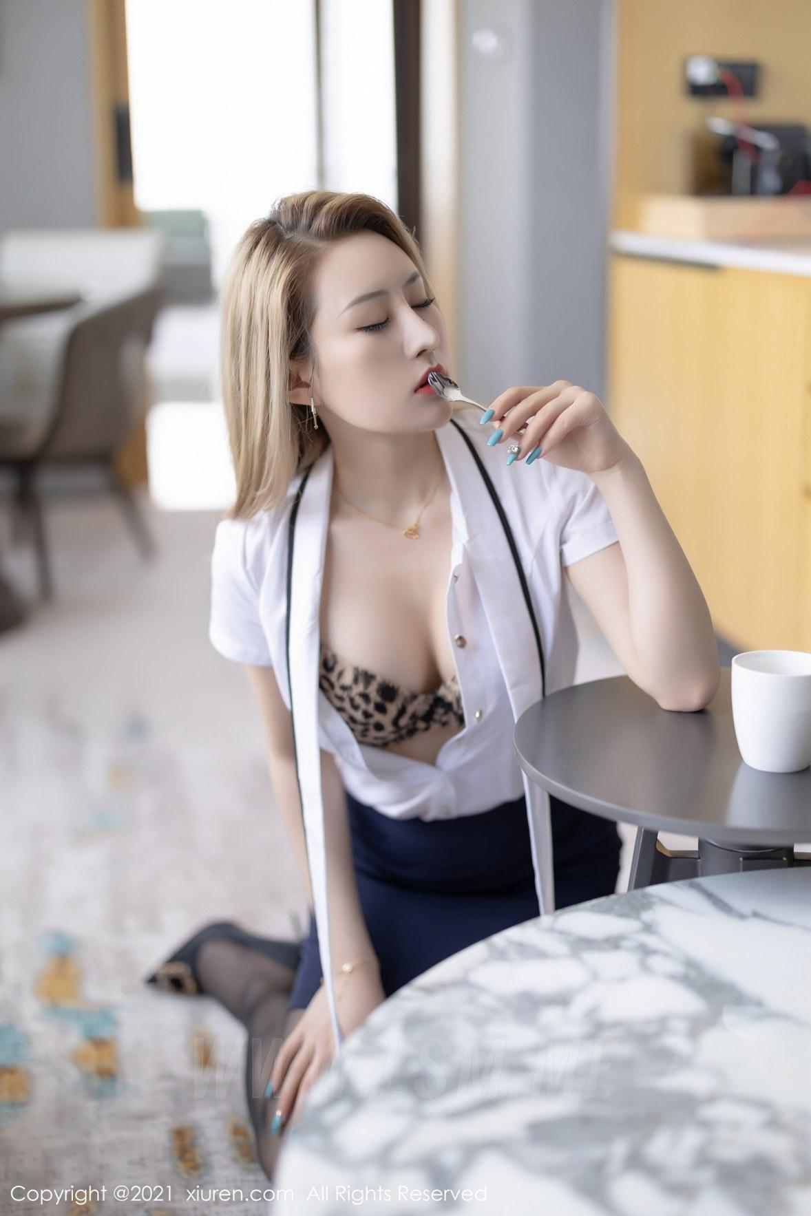 3511 023 6ng 3600 5400 - XiuRen 秀人 No.3511  白衬衫黑丝 张欣欣 性感写真 - 秀人网 -【免费在线写真】【丽人丝语】