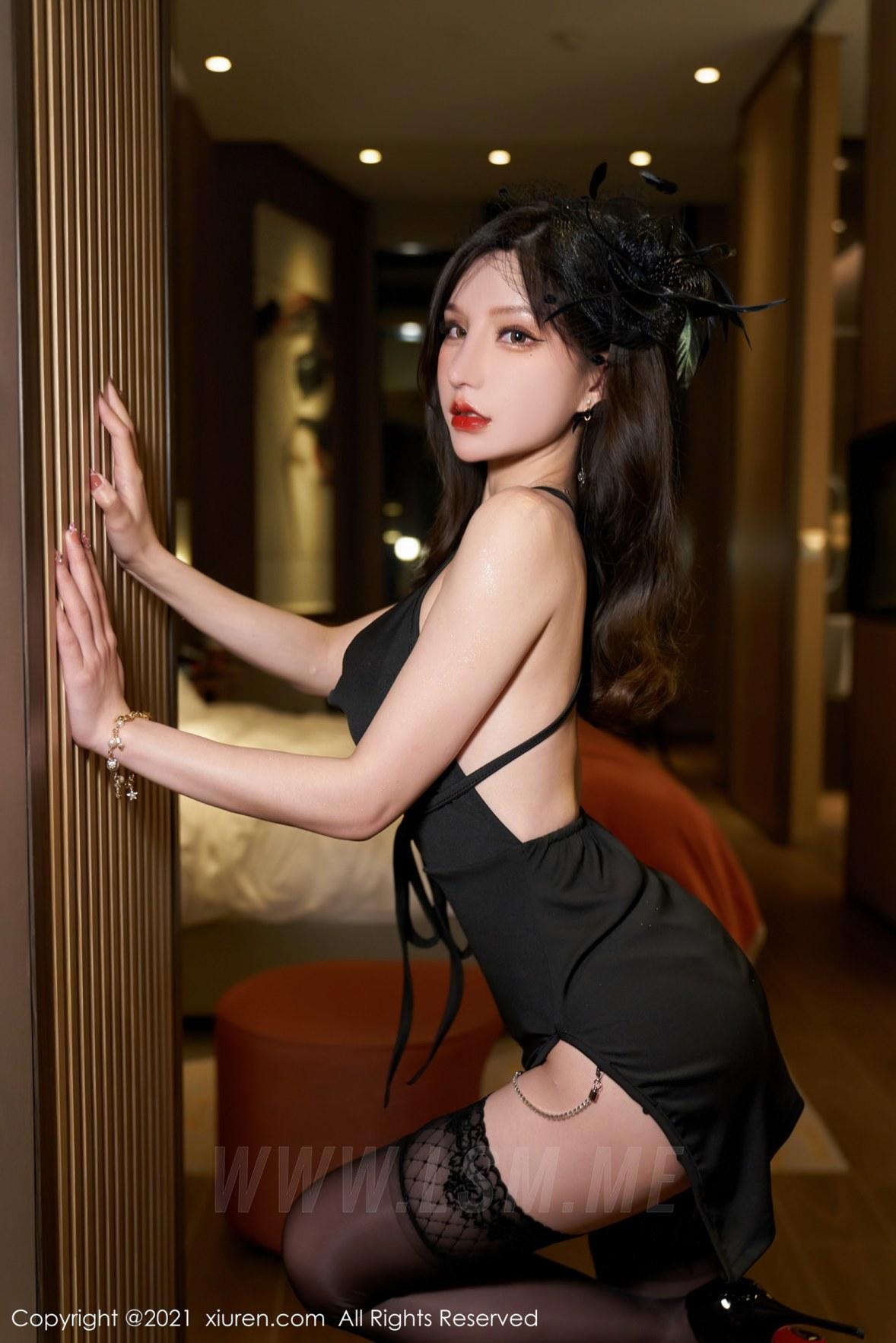 3584 007 t3c 3603 5400 - XiuRen 秀人 No.3584 吊裙服饰 周于希Sandy 性感写真2 - 秀人网 -【免费在线写真】【丽人丝语】