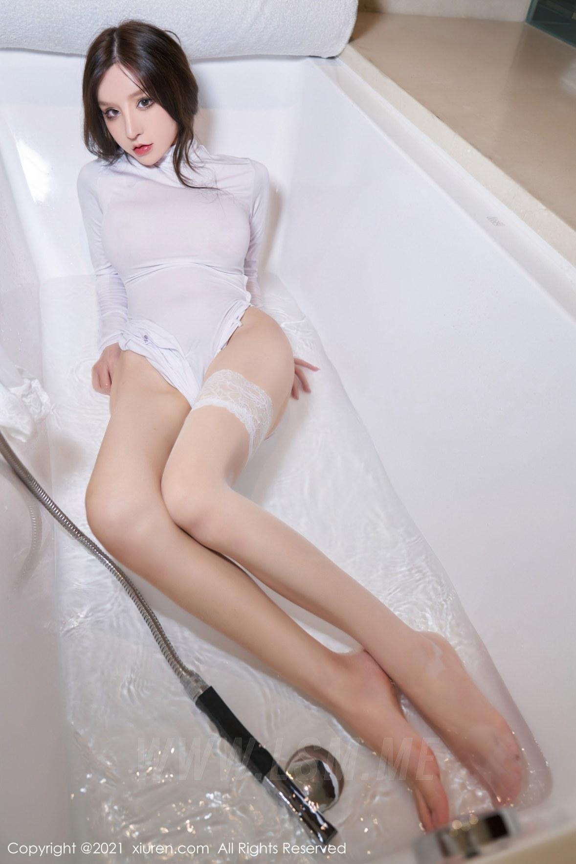 3680 087 omf 3603 5400 - XiuRen 秀人 No.3680 浴室蕾丝袜 周于希Sandy 性感写真111 - 秀人网 -【免费在线写真】【丽人丝语】