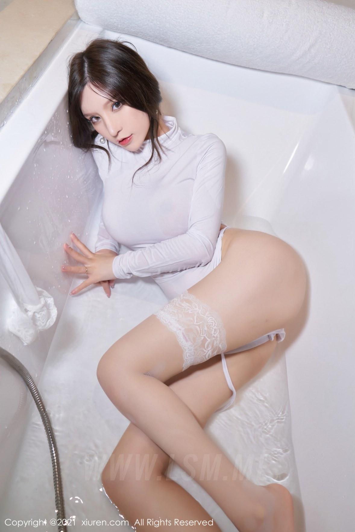 3680 090 8zl 3603 5400 - XiuRen 秀人 No.3680 浴室蕾丝袜 周于希Sandy 性感写真111 - 秀人网 -【免费在线写真】【丽人丝语】