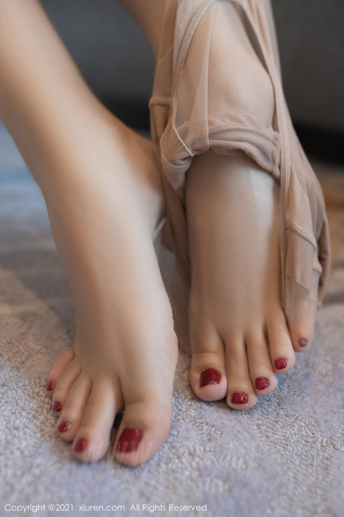 3780 049 2ey 3600 5400 - XiuRen 秀人 No.3780 裸色裙主题系列 唐安琪 澳门旅拍写真22 - 秀人网 -【免费在线写真】【丽人丝语】