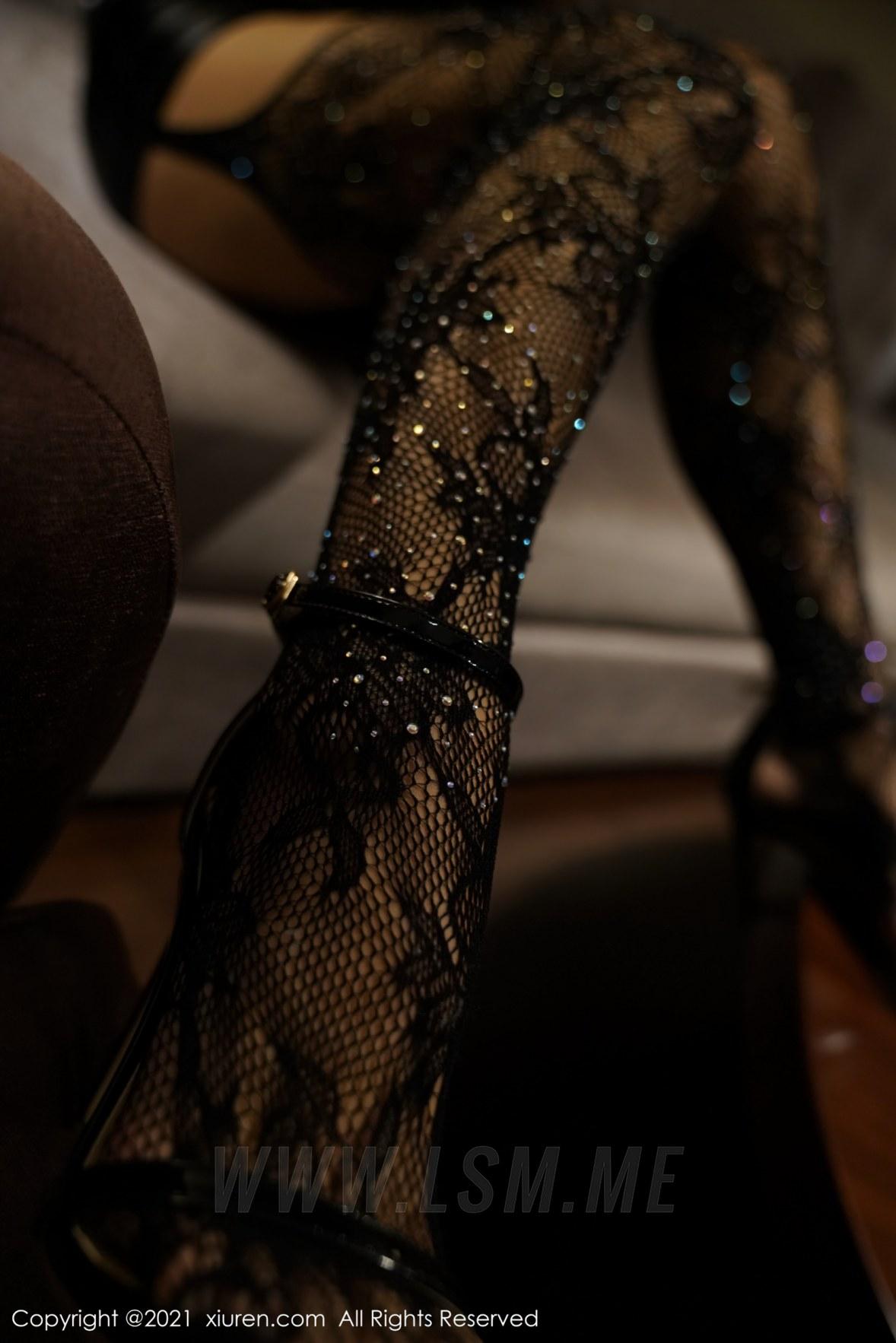 3785 022 mkt 3603 5400 - XiuRen 秀人 No.3785 皮裙与魅惑 蓝夏Akasha 北京旅拍3 - 秀人网 【私房高清壁纸视频素材】【免费在线写真】【丽人丝语】