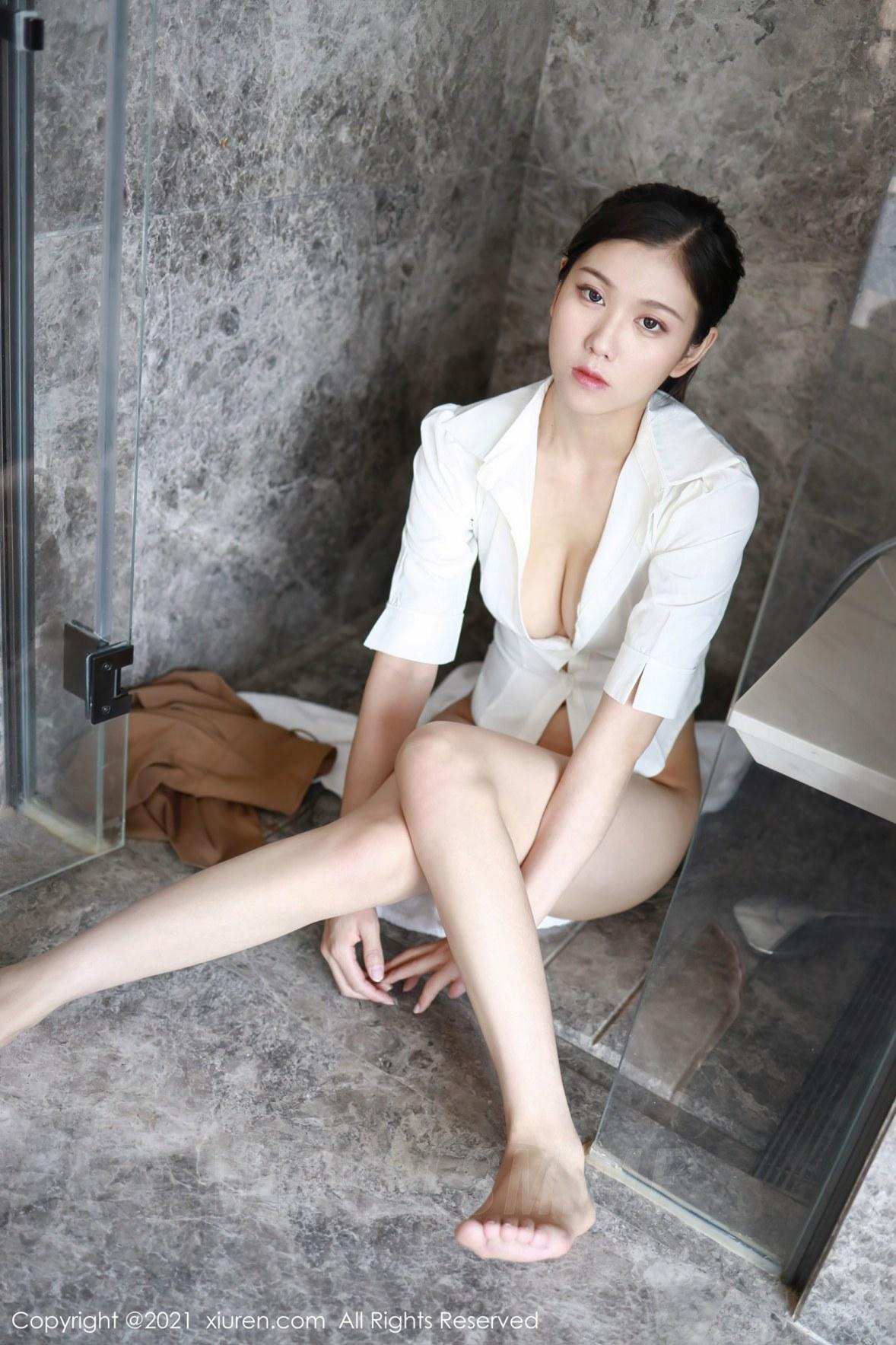 XiuRen 秀人 No.3856 衬衫浴室 李雅柔182CM 性感写真3 - 2