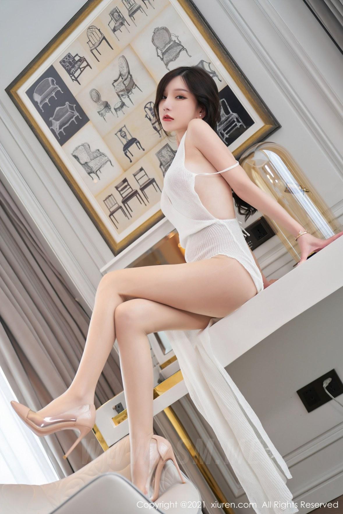 XiuRen 秀人 No.3866 镂空吊裙 周于希Sandy 大理旅拍111 - 1