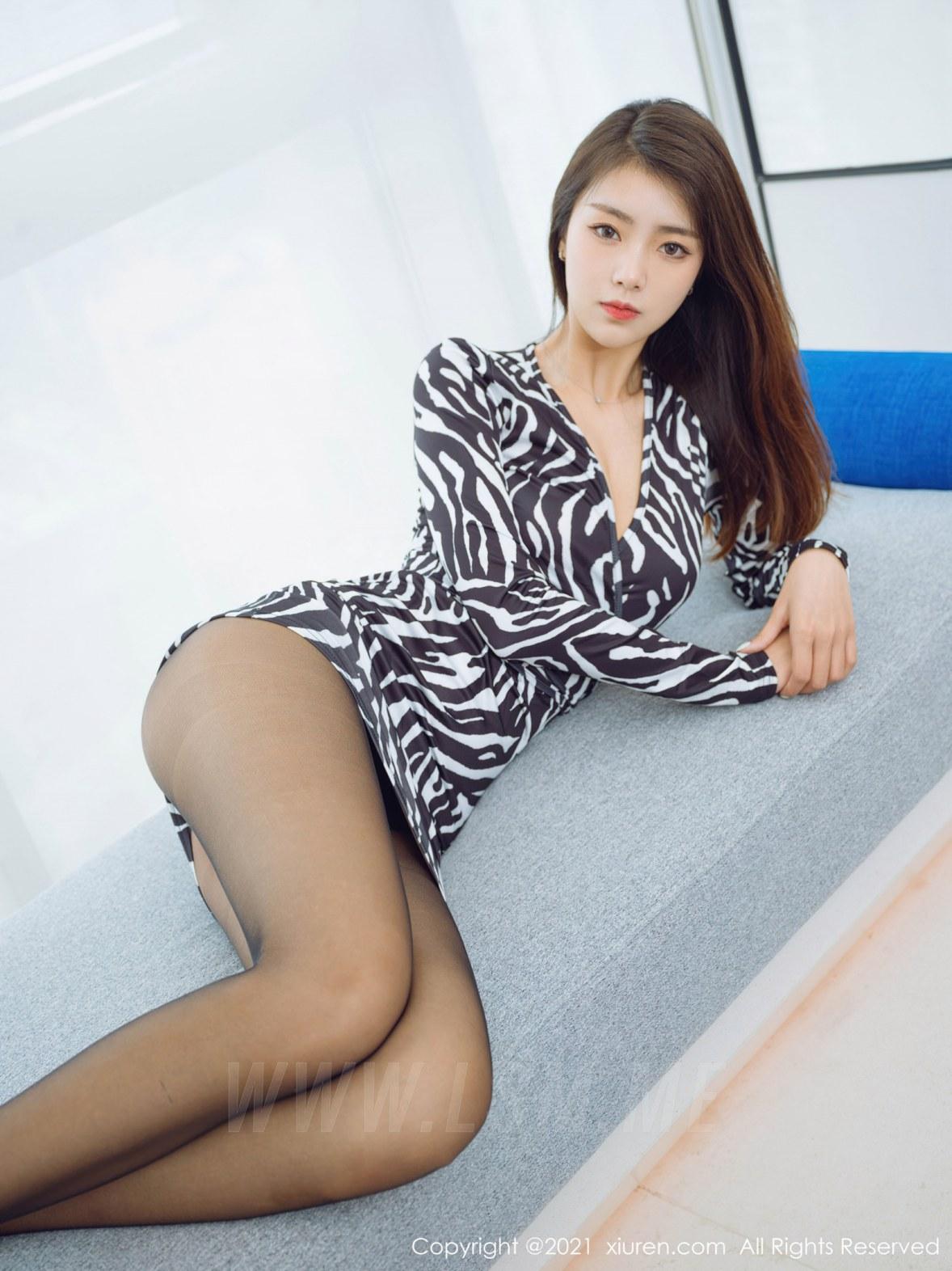 3890 045 adi 4047 5400 - XiuRen 秀人 No.3890 斑纹短裙 可樂Vicky 性感写真2 - 秀人网 -【免费在线写真】【丽人丝语】
