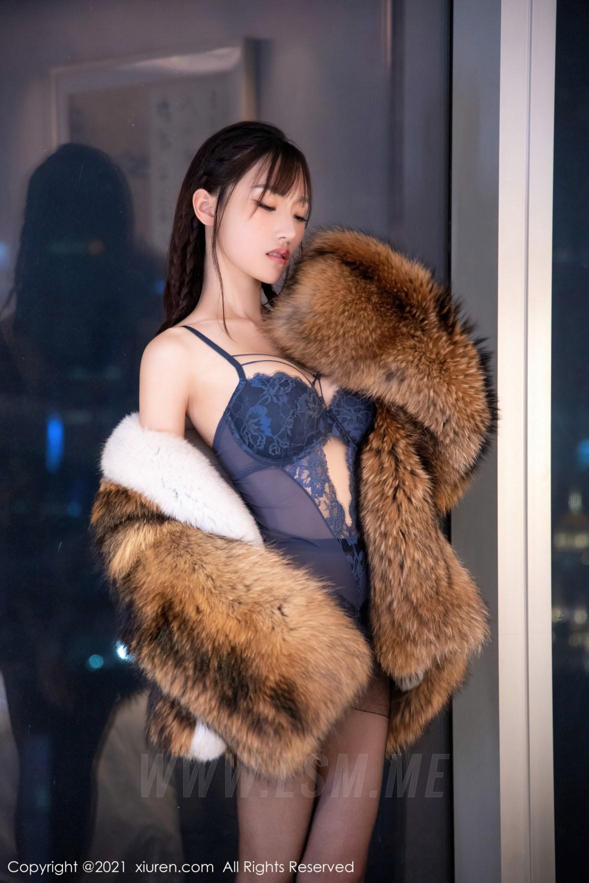 XiuRen 秀人 No.4031 皮草服饰 西门小玉 性感写真 - 3