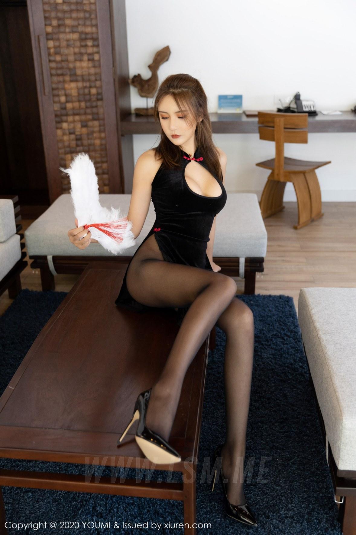 YOUMI 尤蜜荟 Vol.431 旗袍爆乳 Emily顾奈奈 马尔代夫旅拍写真 - 4