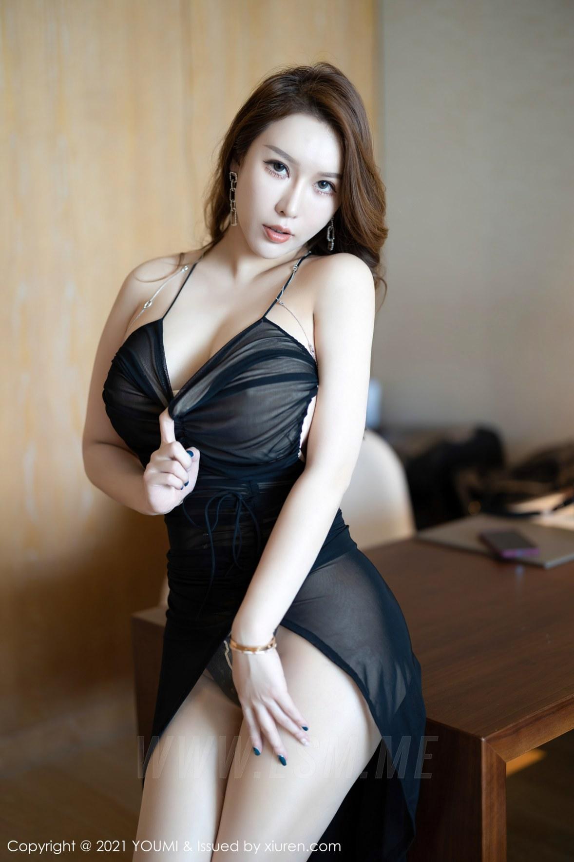 YOUMI 尤蜜荟 Vol.583 熟女翘臀 尤妮丝 薄透魅惑 - 1