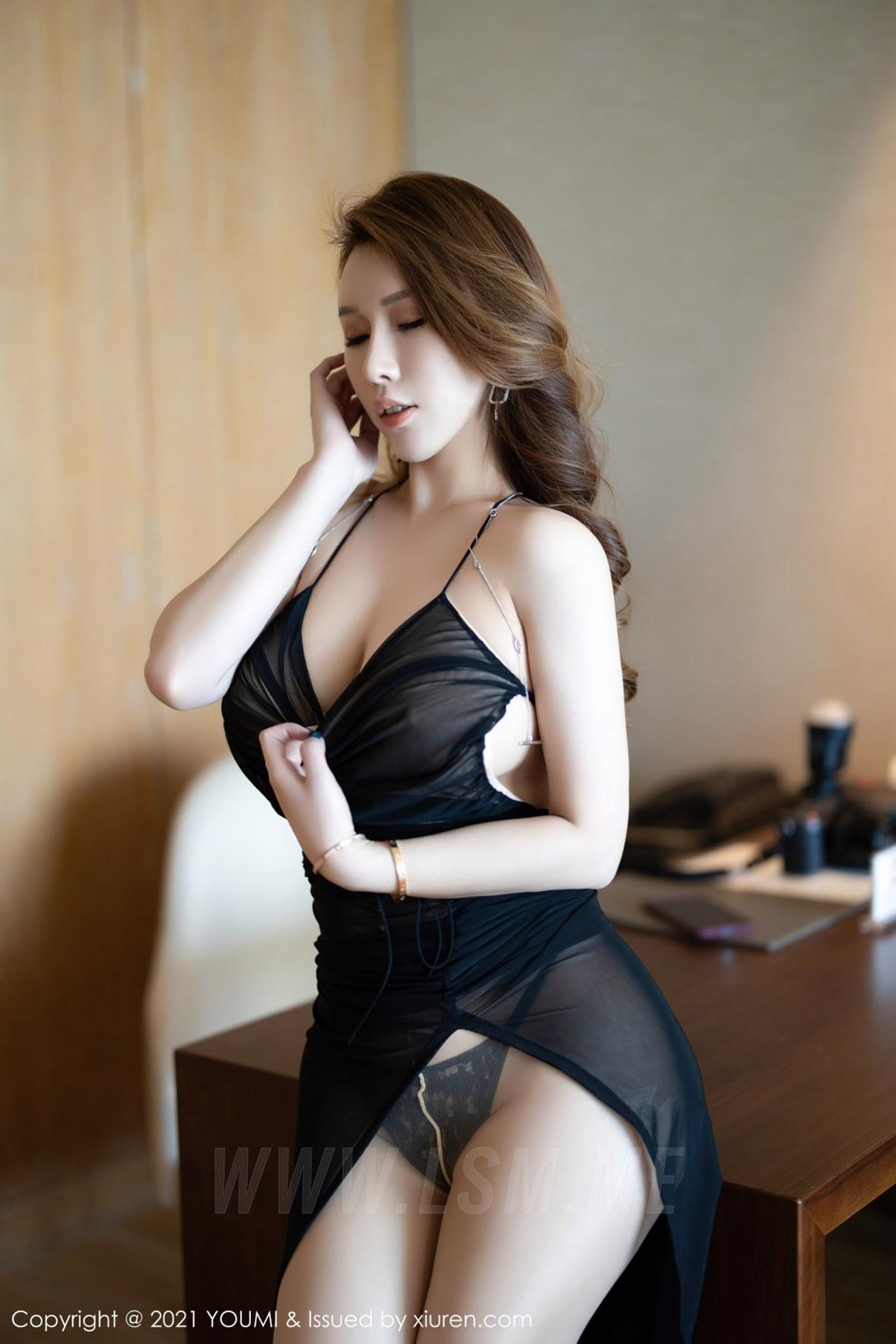 YOUMI 尤蜜荟 Vol.583 熟女翘臀 尤妮丝 薄透魅惑 - 2