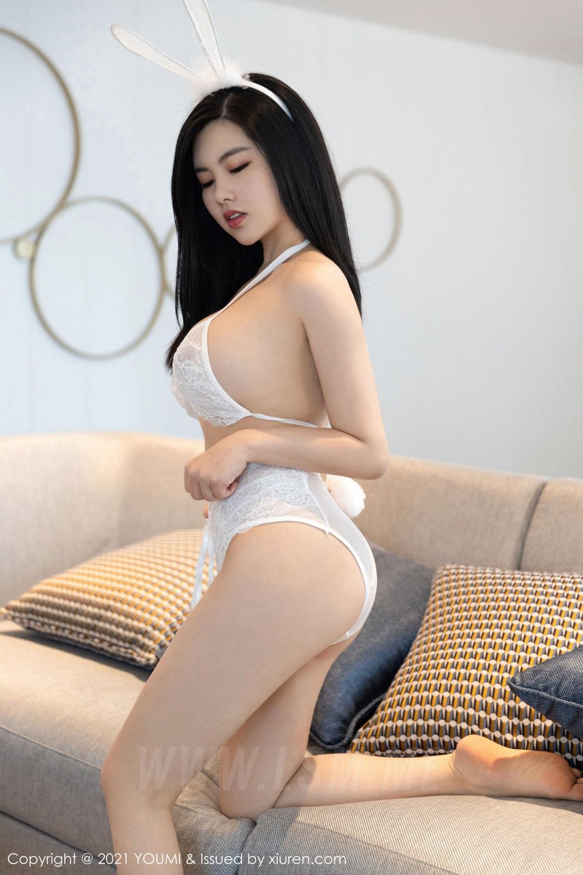 YOUMI 尤蜜荟 Vol.623 调皮诱人的兔耳装 娜露Selena 私房写真 - 2