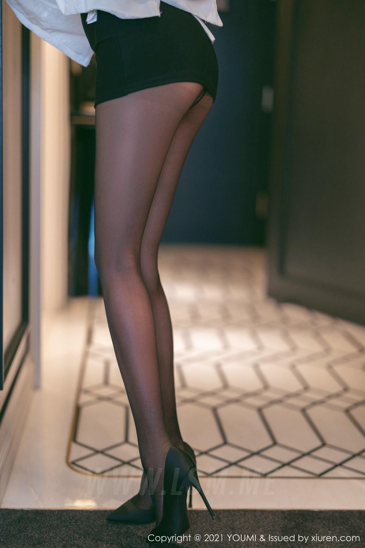 648 007 8c5 3600 5400 - YOUMI 尤蜜荟 Vol.648  镂空服饰 Emily顾奈奈 澳门旅拍 - 尤蜜荟 -【免费在线写真】【丽人丝语】
