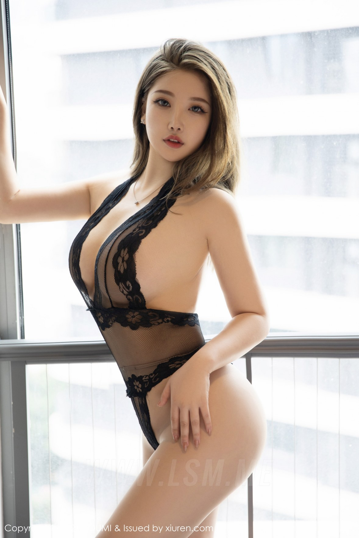 YOUMI 尤蜜荟 Vol.673 魅惑连体衣 小海臀Rena 性感写真333 - 2
